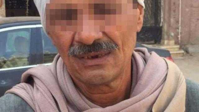مرتكب مذبحة سوهاج: مراتي قالتلي ولادك هيقتلوك فخلصت عليهم
