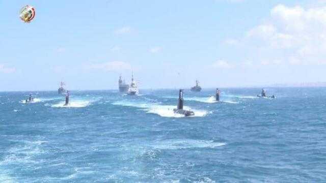 البحرية المصرية واليونانية ينفذان تدريبا بحريا عابرا ببحر إيجه