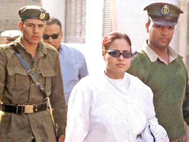 اتسجنت لتعذيبها خادمتين.. كيف أصبح شكل وفاء مكي بعد 10 سنوات حبس؟