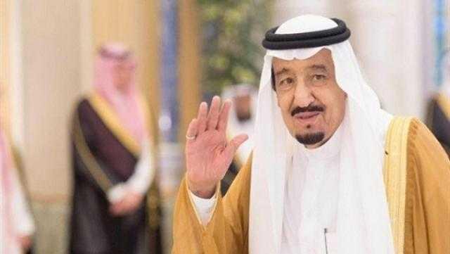 الملك سلمان يعفي محافظ البنك المركزي من منصبه