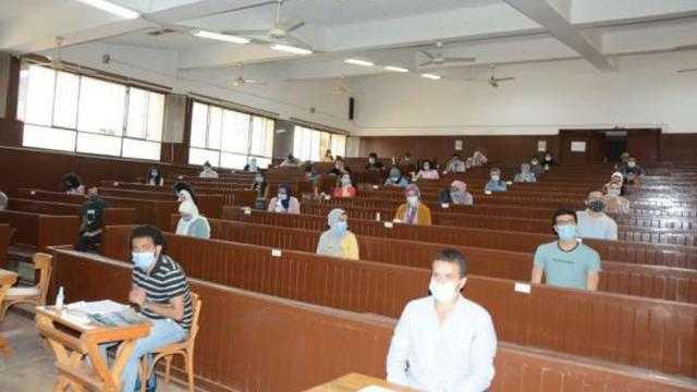 الجامعات: امتحانات التيرم الأول للكليات حضوريا