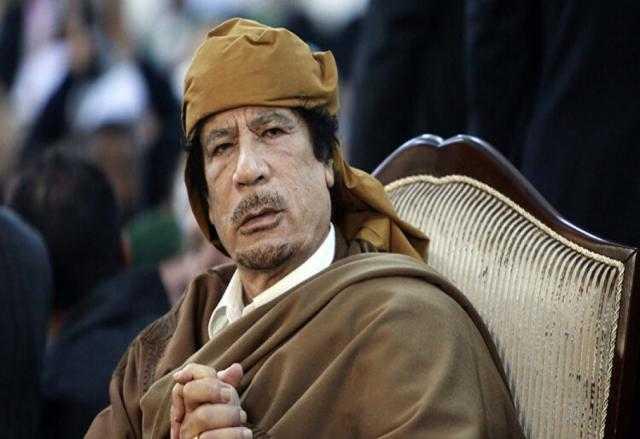 كم تبلغ ثروة معمر القذافي التي تكفي احتياجات الوطن العربي الغذائية؟