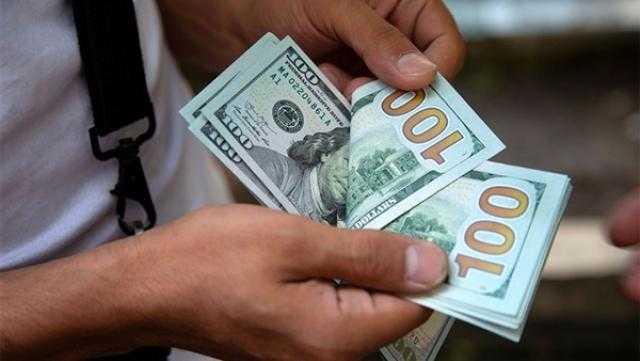 الدولار يرتفع 2.8% مدعوما بصعود عوائد السندات الأمريكية