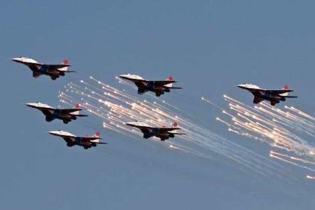 غارات على دمشق يقودها طيران إسرائيل