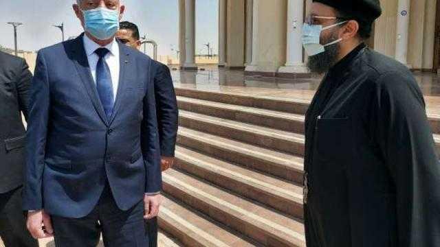 الرئيس التونسي يزور كاتدرائية ميلاد المسيح بالعاصمة الإدارية