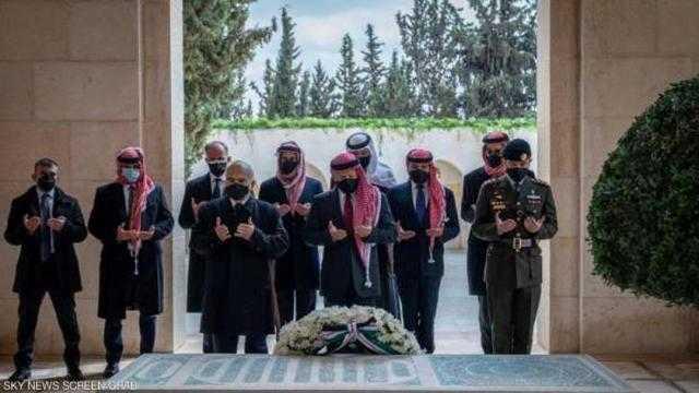 الأمير حمزة يظهر رفقة الملك عبدالله الثاني في مئوية الأردن