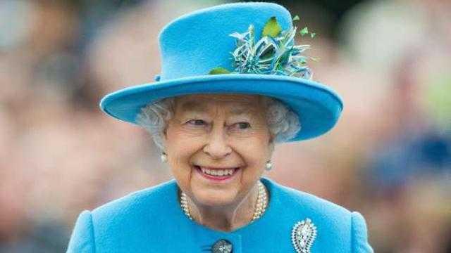 ملكة بريطانيا تستقبل الرئيس الأمريكي في قصر ويندسور