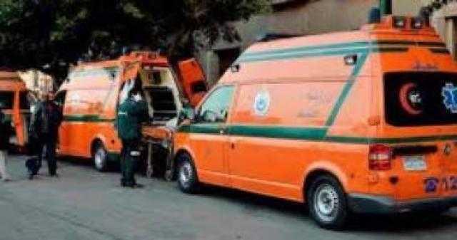 عاجل.. إصابة 5 أشخاص في حادث انقلاب سيارة نقل بأسوان