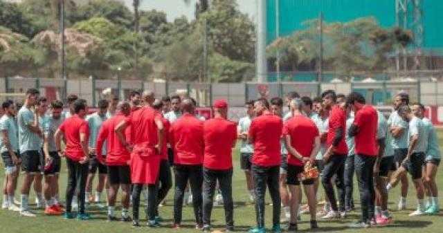 الأهلي يتوجه إلى استاد رادس لخوض مرانه الأول في تونس