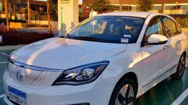 الصناعة: ندعم تصنيع السيارات الكهربائية في مصر للحد من التلوث