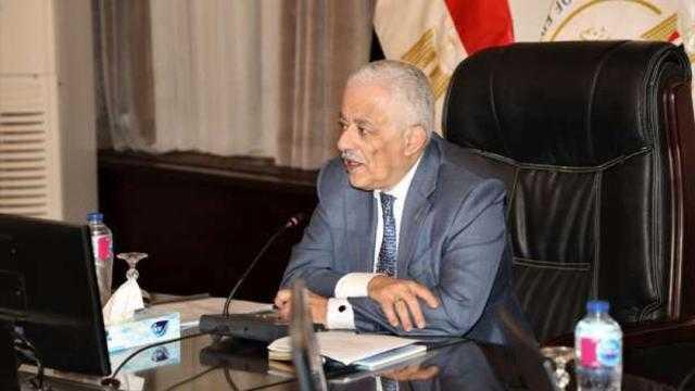عاجل.. وزير التعليم يرد على أخطاء امتحانات الثانوية العامة 2021