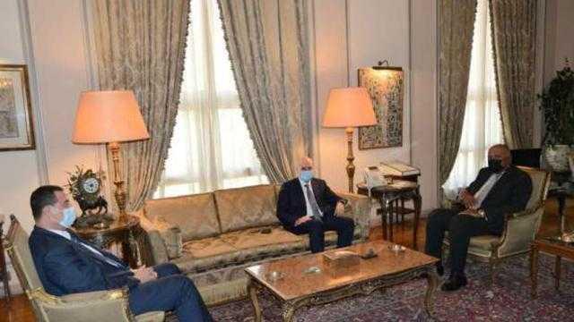 وزير الخارجية يستقبل مستشار الرئيس الفلسطيني للشؤون الدينية