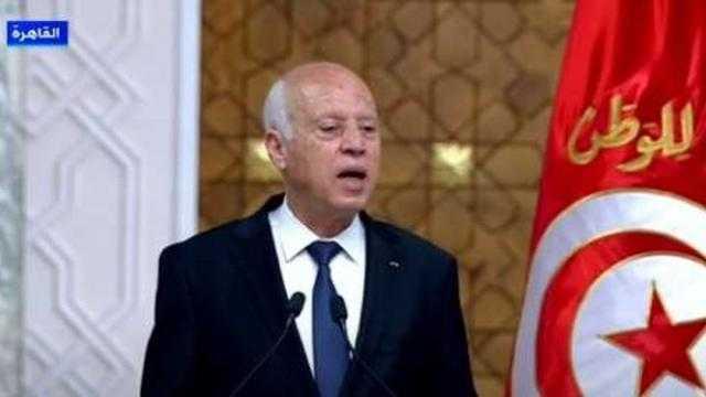 محلل تونسي: قيس سعيد يستعد لخوض معركة مع رجال الأعمال