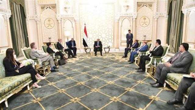 الرئيس اليمني يستقبل المبعوث الأممي الجديد