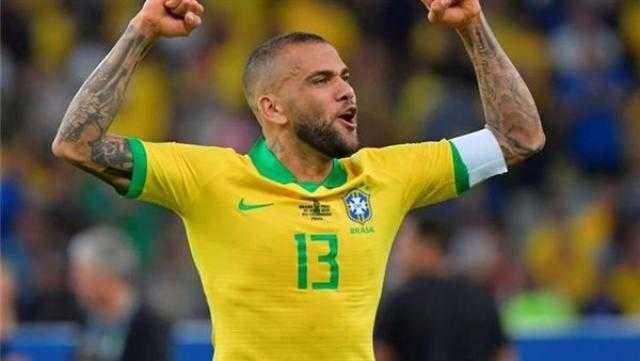 رسميا.. داني ألفيس يرحل عن ساو باولو