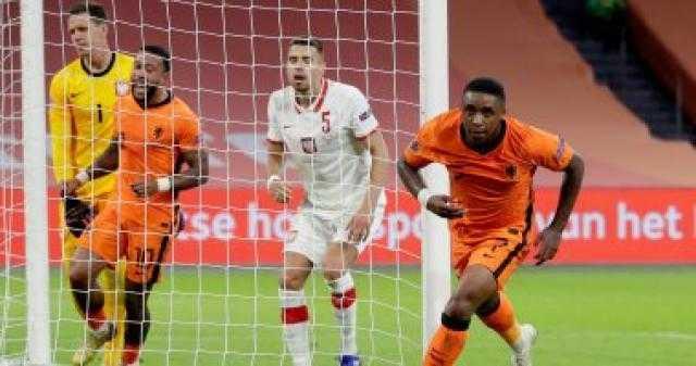 فان دايك وديباي على رأس قائمة هولندا المشاركة في تصفيات كأس العالم