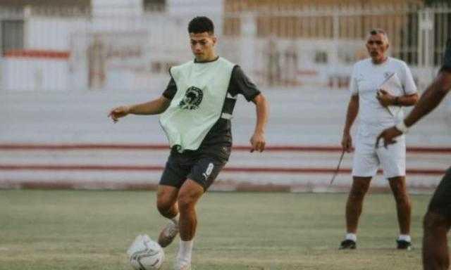 مران الزمالك.. تدريبات بدنية وإطالات للاعبين في مجمع الصالات