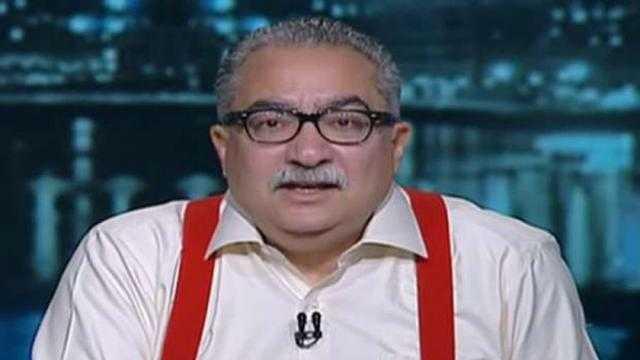 إبراهيم عيسى: شركات إخوانية تدفع ملايين الدولارات لترويج الشائعات في مصر