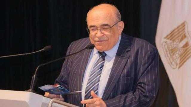 الفقي: صلاح عبد الصبورصنع قيمته الكبيرة بين عظماء الشعر العربي