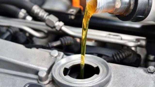 الغرف التجارية: زيادة أسعار زيوت السيارات في مصر أدت إلى هدوء السوق