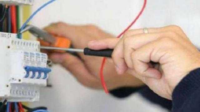 عاجل.. توصيل التيار الكهربائي للمنشآت السكنية في 6 خطوات