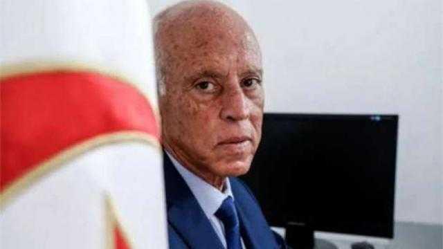 «مسيرة النهضة عرض مسرحي».. رسائل هامة للرئيس التونسي قيس سعيد