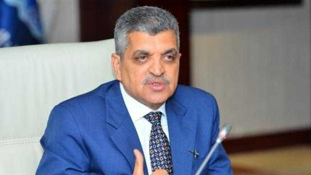 عاجل.. أسامة ربيع يدعو المستثمرين لإقامة مشروعات تنموية بـ سيناء