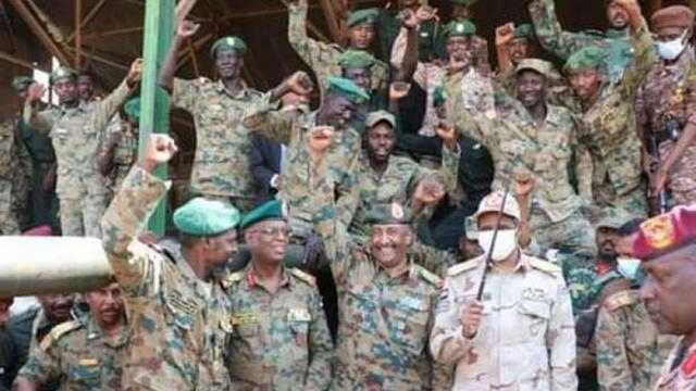 عاجل.. القوات المسلحة السودانية تكشف عن قائد الانقلاب الفاشل
