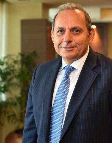هشام عكاشة: «الأهلي كابيتال» تحرص على دعم مشروعات التعليم