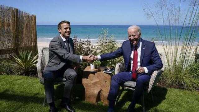 أزمة الغواصات: مكالمة بين ماكرون وبايدن تعيد السفير الفرنسي لواشنطن