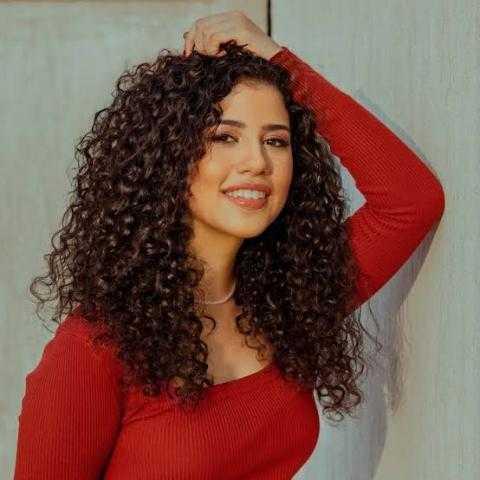 نوران ابو طالب تستعد لألبومها الجديد ب6 اغاني