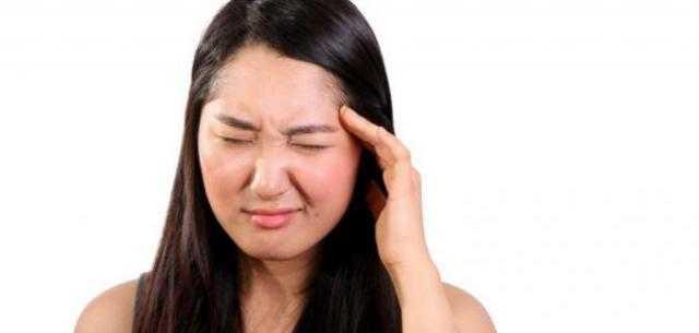 أسباب صداع العين اليسرى وطرق  العلاج
