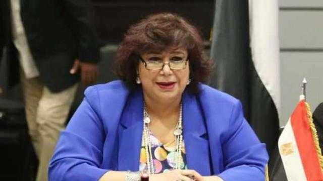 وزيرة الثقافة تنعي جمعة فرحات بكلمات مؤثرة