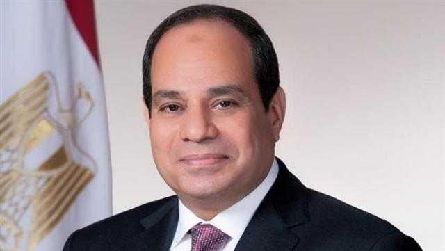 الرئيس السيسي يشكر العاملين في مشروع القوس الشرقي للطريق الدائري