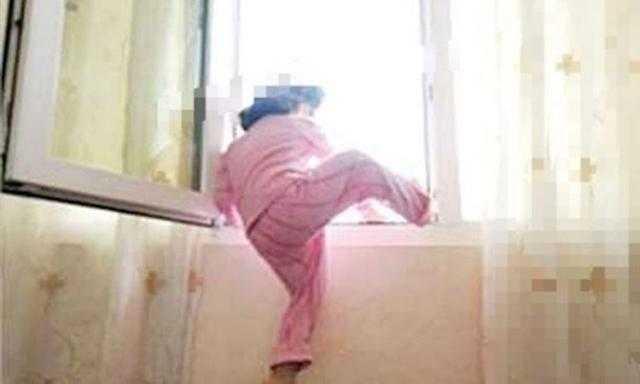 عاجل| مصرع طفل سقط من الطابق الرابع بعمائر المروة في حلوان