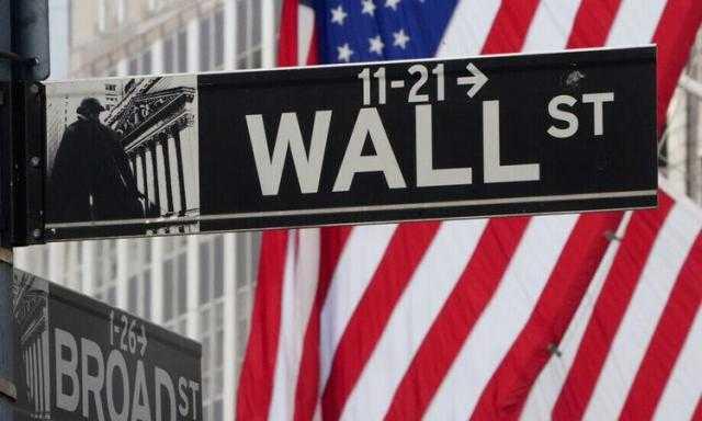 مؤشرات الأسهم الأمريكية تغلق على تباين في نهاية تعاملات الجمعة