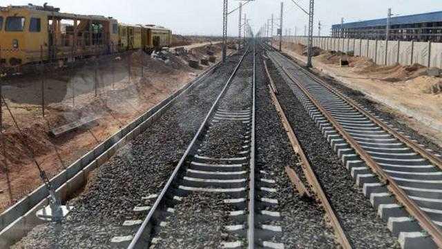 الوزير: تنفيذ 92% من أعمال القطار الكهربائي