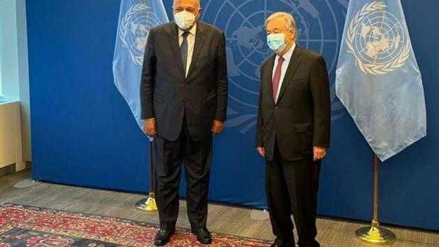 شكري يلتقي الأمين العام للأمم المتحدة في ختام زيارته إلى نيويورك