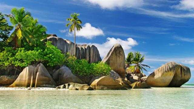 سيشل تتصدر قائمة أفضل الجزر السياحية في الشرق الأوسط