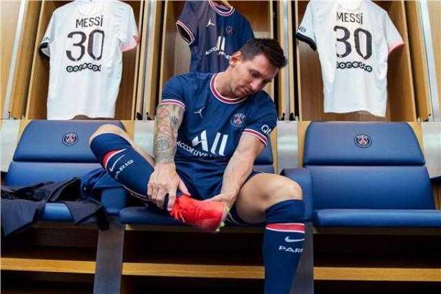 ميسي يخوض تدريباته مع باريس استعدادًا لمانشستر سيتي