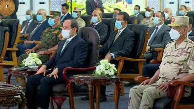 الرئيس السيسي يعلن تأمين كافة المشروعات التنموية في سيناء لحمايتها من الإرهابيين
