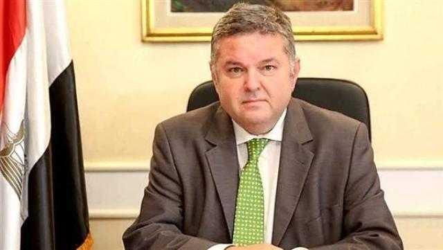 وزير قطاع الأعمال: علامة تجارية جديدة لمنتجات الغزل والنسيج