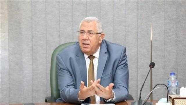 وزير الزراعة: الدولة تنفذ 4 مشروعات قومية لسد الفجوة الغذائية