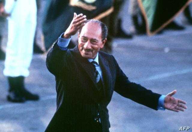 رجل الحرب والسلام.. تعرف علي مسيرة الرئيس السادات مُحطم أسطورة الجيش الذي لا يُقهر
