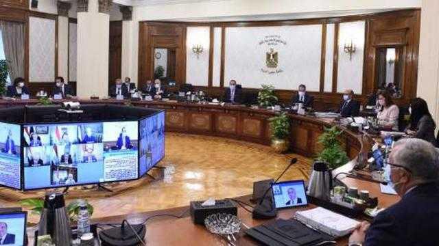 عاجل.. الوزراء: حظر دخول الموظفين إلى مقار عملهم دون الحصول على لقاح كورونا