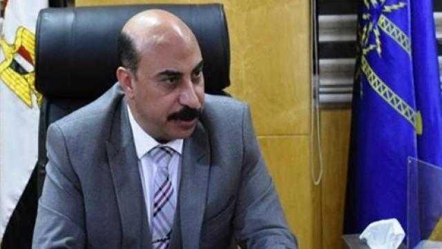محافظ أسوان يطالب بالتواصل المباشر مع المواطنين حول مبادرة «حياة كريمة»
