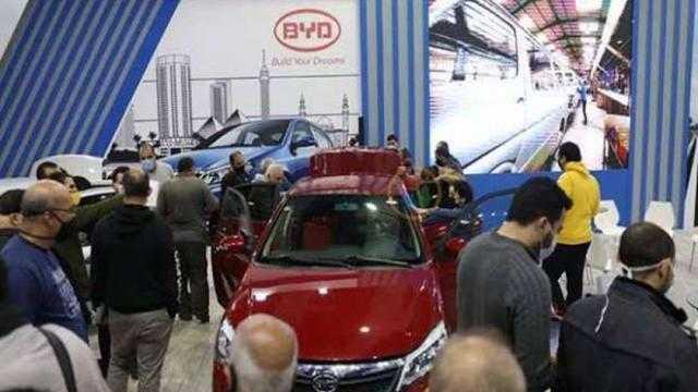 الحكومة تسلم 7500 سيارة جديدة تعمل بالغاز الطبيعي حتى 15 أكتوبر