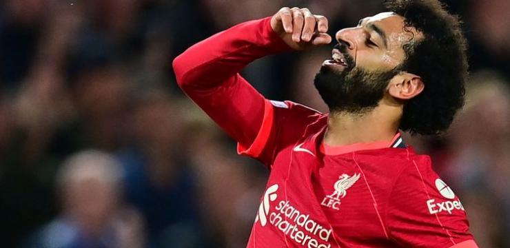 محمد صلاح يُصبح أول لاعب بتاريخ ليفربول يسجل في 9 مباريات متتالية