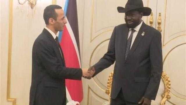 عاجل.. الرئيس سيلفا كير يودع سفير مصر فى جنوب السودان
