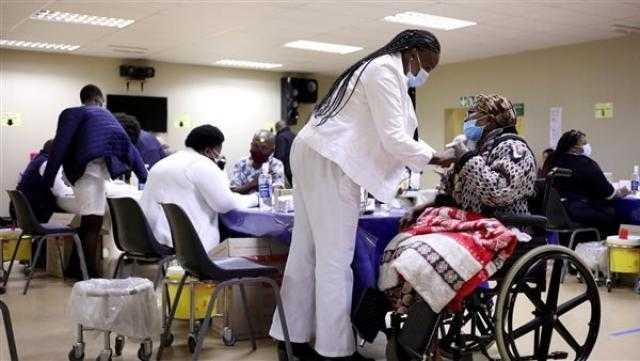 عاجل.. جنوب إفريقيا تبدأ تطعيم الأطفال ضد كورونا